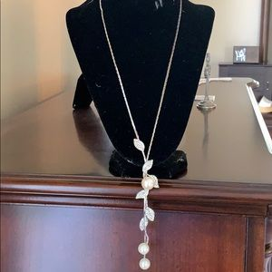 Gorgeous long pearls and Strasse necklace